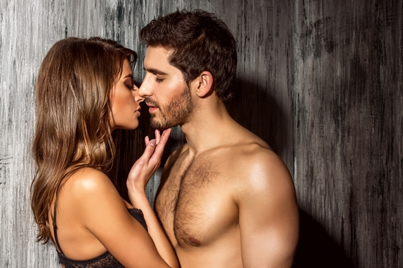 beautiful-sexy-young-people-in-love
